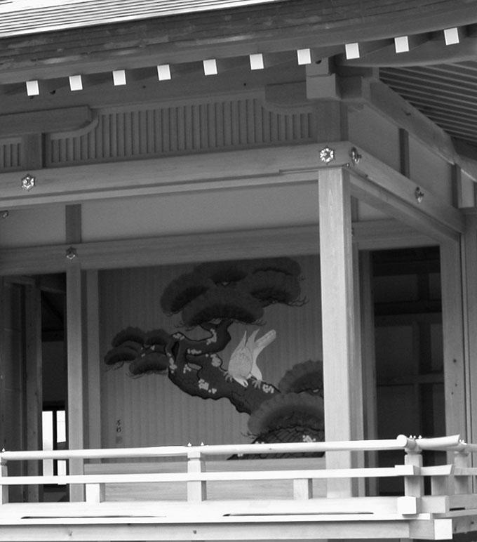 写真5 天沼八幡神社神楽殿の長押
